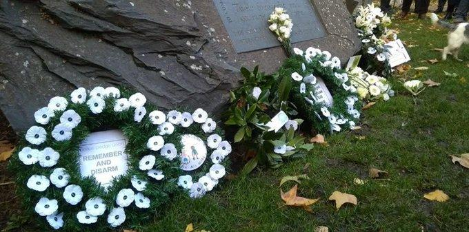 White poppy wreaths