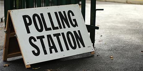 Sign saying 'Polling Station'